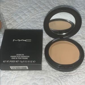 MAC studio fix Nw43
